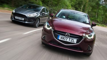 Mazda 2 vs Ford Fiesta - Twin test