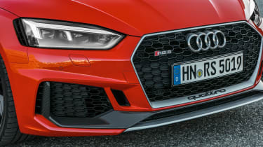 Audi RS 5 Carbon Edition - grille