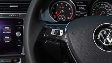 Volkswagen Golf - steering wheel detail