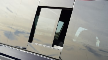 Mercedes x-class rear window