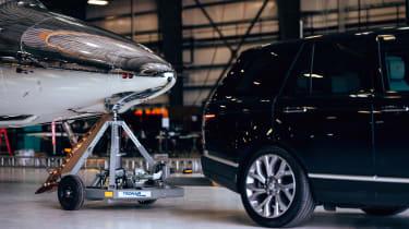 Land Rover Virgin Galactic - hangar