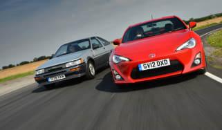 Toyota AE86 vs GT 86 header