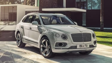 Bentley Bentayga PHEV - front static