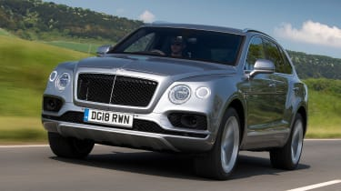 Bentley Bentayga V8 - Front Tracking