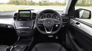 Mercedes GLE 350d - dash
