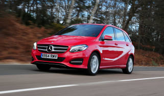 Mercedes B-Class - front tracking