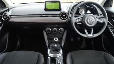 Mazda 2 - dash