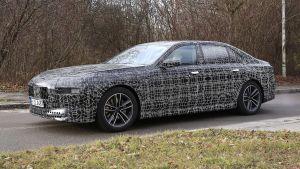 BMW 7 Series - spyshot 9