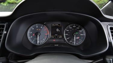SEAT Leon Cupra ST 290 - dials