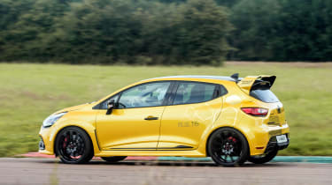 Renault Clio RenaultSport R.S.16 2016 - side tracking