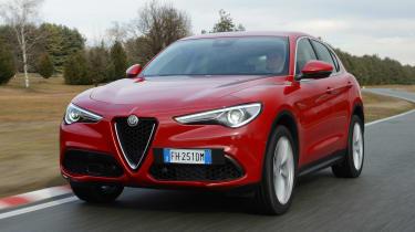 Alfa Romeo Stelvio - front