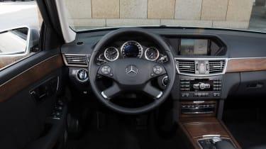 Mercedes E300 BlueTEC Hybrid interior