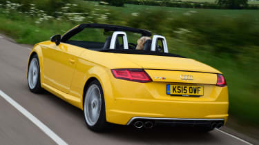 Audi TTS Roadster - rear tracking