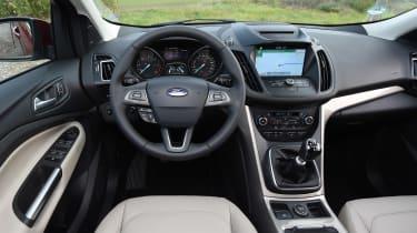 Ford Kuga Titanium - dash