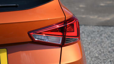SEAT Arona - brake light