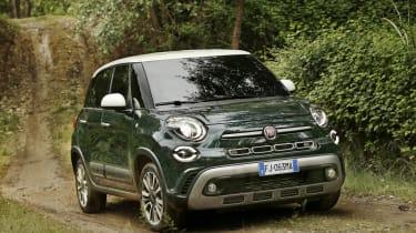 Fiat 500L - front action