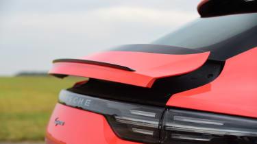 Porsche Cayenne Coupe - boot spoiler