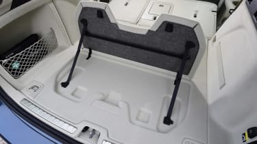 Volvo V60 - boot detail