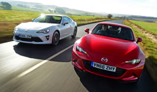 Mazda MX-5 RF vs Toyota GT86 - header