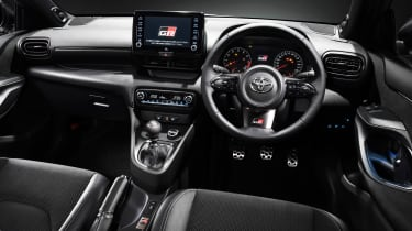Toyota GR Yaris - dash studio