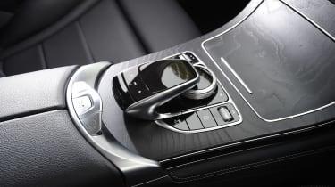 Mercedes GLC - centre console
