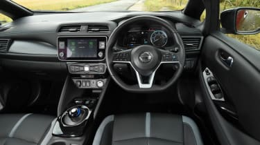 Nissan Leaf - dash
