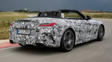 BMW Z4 prototype - rear tracking