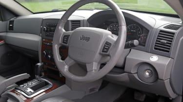 Used Jeep Grand Cherokee - dash
