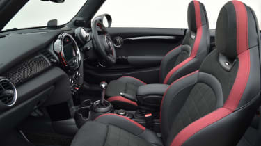 MINI John Cooper Works Convertible UK 2016 - interior