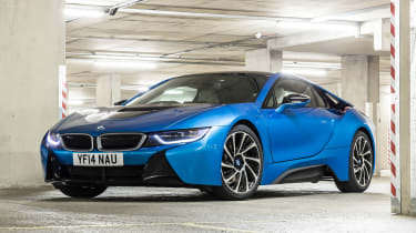 Used BMW i8 - front