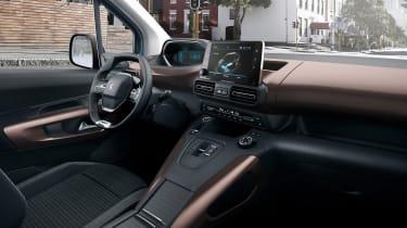Peugeot e-Rifter - interior