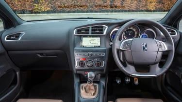 New DS 4 diesel UK drive interior