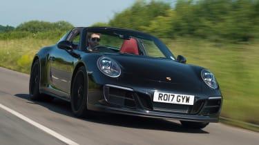 Porsche 911 Targa GTS - front action