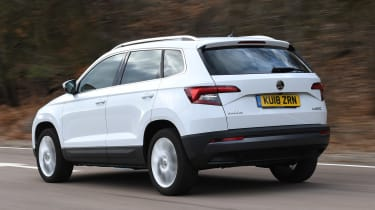 skoda karoq tracking rear