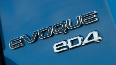 Range Rover Evoque 2WD badge