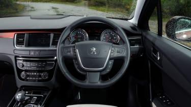 Peugeot 508 RXH HYbrid4 interior