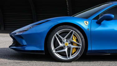 Ferrari F8 Tributo - wheel