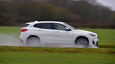 BMW X2 - side