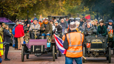 London to Brighton Veteran Car Run  -  start