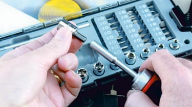 Multi-bit screwdrivers review header image