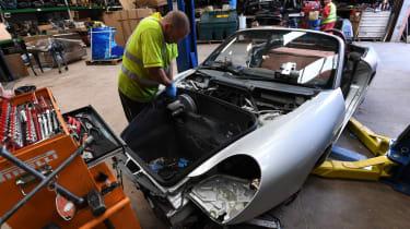 Dismantle Porsche parts
