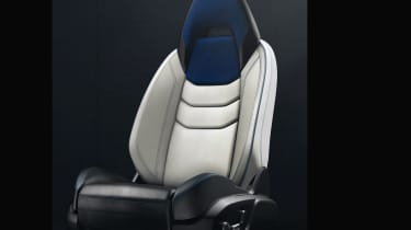 Lynk and Co SUV concept hybrid chair