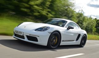 Porsche 718 Cayman T - front