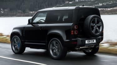 Land Rover Defender 90 V8 - rear