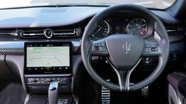 Maserati Quattroporte Trofeo - dash