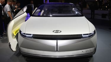 Hyundai 45 concept - Frankfurt full front