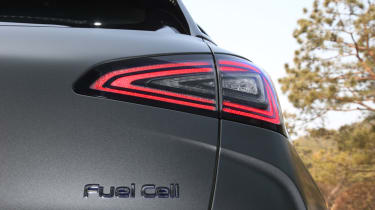Hyundai NEXO tail-lights