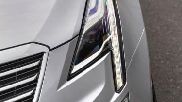Cadillac XT5 SUV 2016 - headlight