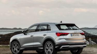 Audi Q3 - side/rear