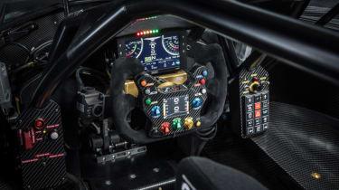 Techrules Ren RS interior